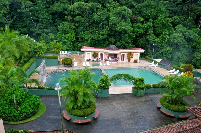 Poolhouse Tyr's resort in Costa Rica